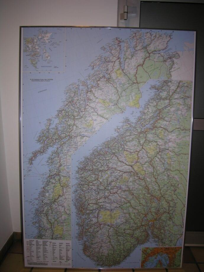 Norgeskart (stor-delt) laminert 120 x 175cm
