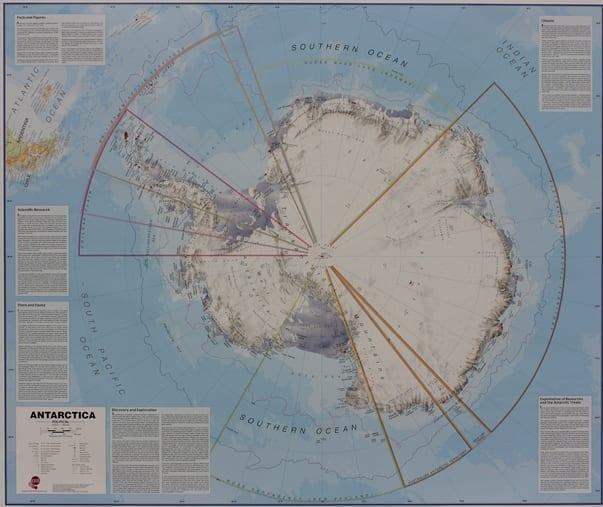 Antarctica politisk veggkart laminert 100 x 140cm