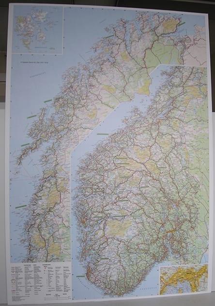 Norgeskart (standard delt) laminert 75 x 105cm