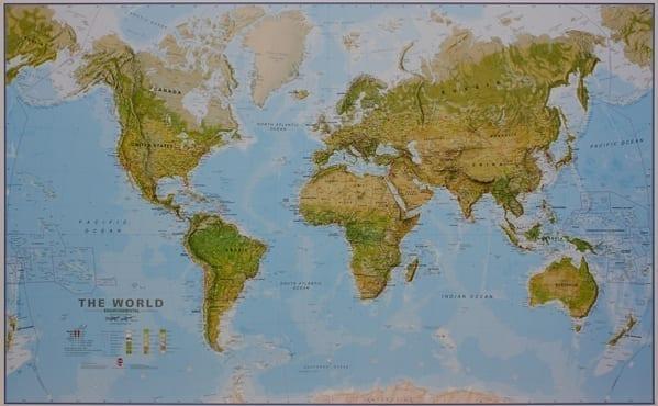 Verden topografisk veggkart laminert 200 x 125 cm